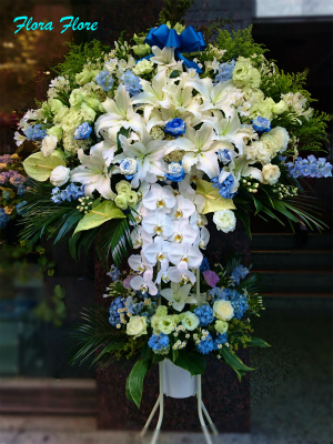 blue_stand_flower